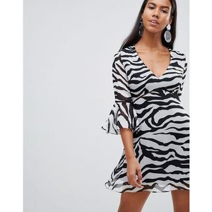 Rare London zebra print flute sleeve day dress - Black